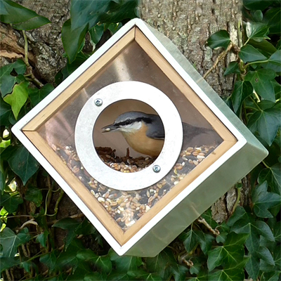 Cs/3 - Urban Bird Feeder
